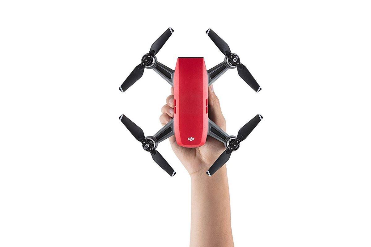 9cadb7b30 ... Dron DJI Spark Fly More Combo, Full HD kamera, červený, + DJI Goggles  ...